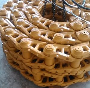 цепь гусеничная на бульдозер Liebherr PR 742, Каскад запчасти и комплектующие для гусеничной техники